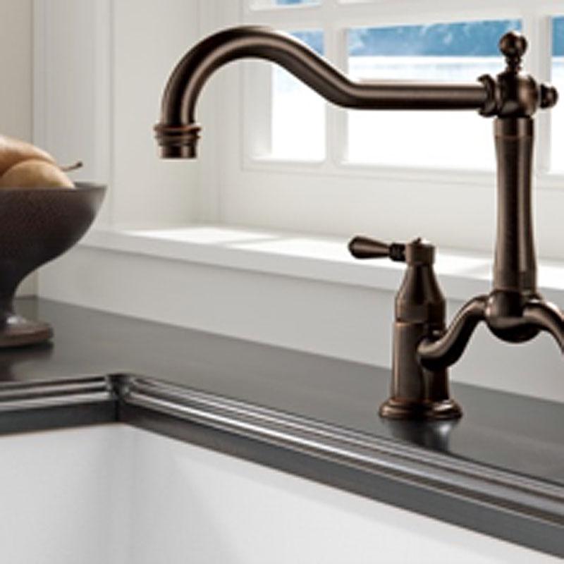 kitchen faucet plumbing